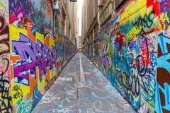 Melbourne grafitti i smal gränd Arkivfoto
