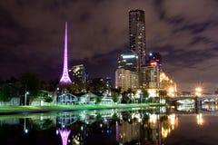 Melbourne nachts lizenzfreies stockbild