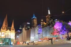Melbourne nattcityscape Australien Arkivbilder