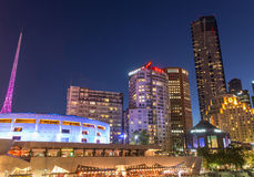 MELBOURNE - OCTOBER 2015: Melbourne Arts Center at night. The ci Stock Photo