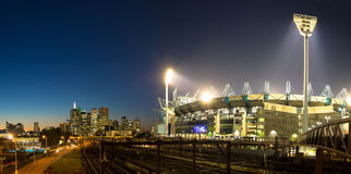 The Melbourne skyline  and the Melbourne Cricket Ground at sunse Stock Photography