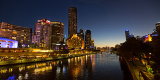 Melbourne Southbank a penombra Immagine Stock
