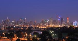Melbourne-Stadtbildnachtansicht Australien Stockfotos
