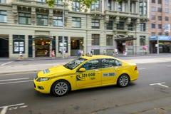 Melbourne-Taxiauto Stockfoto