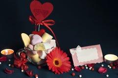 Melcochas, accesorios hermosos para el día del ` s de la tarjeta del día de San Valentín Fotos de archivo