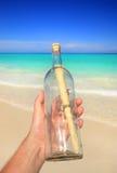 Meldung in einer Flasche Lizenzfreie Stockfotografie