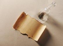 Meldung in einer Flasche Stockbild