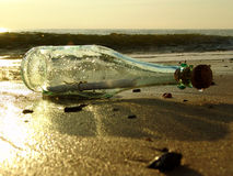 Meldung in einer Flasche - 4 Lizenzfreies Stockfoto