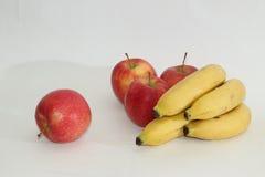 Mele e banane Fotografie Stock Libere da Diritti