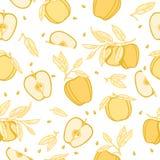 Mele gialle con le foglie su fondo bianco Immagini Stock Libere da Diritti