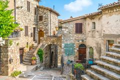 Melezzole田园诗村庄,在蒙泰基奥附近,特尔尼省的  翁布里亚,意大利 库存图片