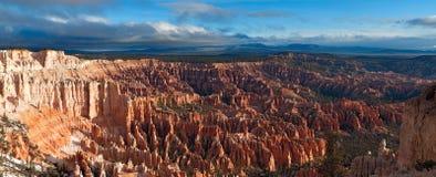 A melhor opinião Bryce Canyon NP no nascer do sol Fotos de Stock Royalty Free