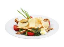 Melhore a salada, os vegetais, o queijo e o brinde fotografia de stock