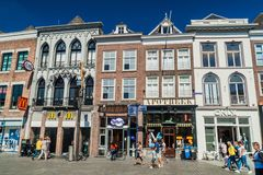 MELINA BOSCH, holandie - SIERPIEŃ 30, 2016: Historyczni domy w melinie Bosch, Netherlan obraz royalty free