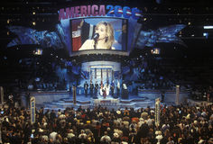 Melissa Etheridge öppnar den 2000 demokratiska regeln på Staples Center, Los Angeles, CA Royaltyfria Bilder
