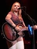 Melissa Etheridge perfoms στη συναυλία στοκ εικόνες
