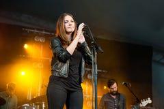 Melissa Horn au festival de paix et d'amour Photos stock