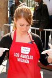 Melissa Joan Hart. At the Thanksgiving Meal for the Homeless at the Los Angeles Mission, Los Angeles, CA. 11-24-04 stock photo