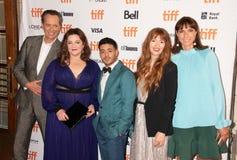 Melissa McCarthy, Richard E Grant, o diretor Marielle Heller e o outro grupo no podem você nunca perdoar-me a premier TIFF2018 fotos de stock