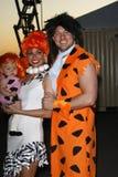 Melissa Ryecroft, Tye Strickland, filha Ava que chega no 18o ?Halloween ideal anual Los Angeles? fotos de stock royalty free