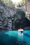 Melissani洞在Kefalonia,希腊 库存图片