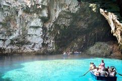 Melissani洞在Kefalonia,希腊 免版税库存图片