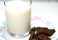 Melk en Chocolade stock foto's