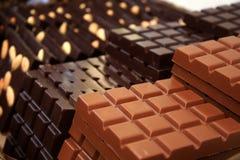 Melk en donkere chocolade Royalty-vrije Stock Foto