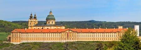 Melk Panorama - berühmte barocke Abtei Lizenzfreies Stockfoto