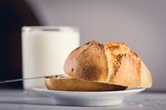 Melkachtig gezond ontbijt stock fotografie