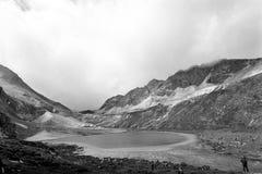 Melkmeer op de berg van de Boeddhismesneeuw van Shangrila Royalty-vrije Stock Fotografie