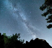 Melkweg over Meteora, Griekenland Stock Afbeeldingen
