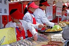 mellanmål för beijing marknadsnatt royaltyfria bilder