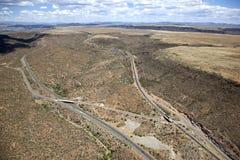 Mellanstatliga 17 som klipper till och med Arizona Arkivbild