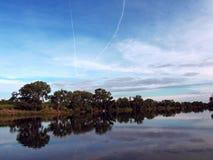 Mellanvästern- himmel royaltyfria bilder