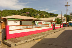 Mellersta gata på ön av bequia Royaltyfria Foton