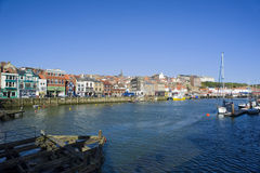 Mellersta hamn, Whitby, North Yorkshire Royaltyfria Bilder