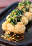 Special thai havs- maträtt, tioarmad bläckfiskmeat tucked med finhackad pork Royaltyfri Bild