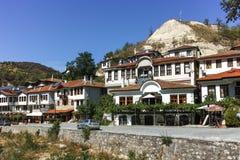 MELNIK BUŁGARIA, WRZESIEŃ, - 7, 2017: Starzy domy xix wiek w miasteczku Melnik, Bułgaria Zdjęcie Stock