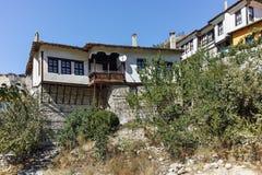 MELNIK, BULGARIA - 7 SETTEMBRE 2017: Vecchie case del XIX secolo in città di Melnik, Bulgaria immagini stock libere da diritti