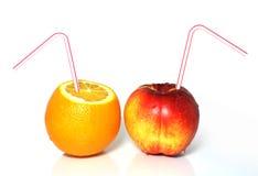 Melocotón y naranja frescos Imagenes de archivo
