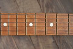 Melodía de una guitarra vieja del vintage Fotos de archivo libres de regalías