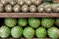 Meloenen en ananassen Royalty-vrije Stock Foto's