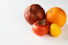 Melograno arancio del cachi del limone maturo di frutti Fotografia Stock Libera da Diritti