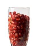 Melograno in un bicchiere di vino Fotografie Stock Libere da Diritti