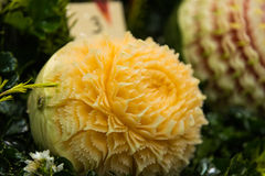 Melon som snider hantverket Royaltyfri Bild