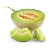 Melone di melata fresco su fondo bianco Immagine Stock