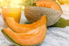 Melone fresco, saporito e succoso - succo del melone e del cantalupo Immagine Stock Libera da Diritti