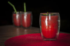 Melonfruktsaft med mintkaramellen och bär Fotografering för Bildbyråer