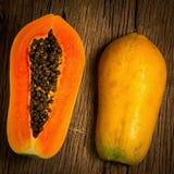 Melonowiec owoc halfback ziarno Stary drewniany moring Zmierzch sztuka azjaci zdjęcie royalty free